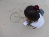 Fille sur la plage - Photo 4